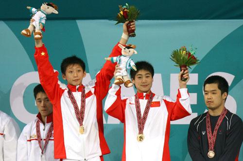 图文:男子10米跳台 中国组合火亮/林跃轻松夺冠