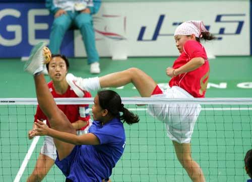 图文:女藤双人赛中国2-0胜菲律宾 精彩瞬间