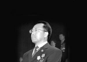 成克杰/12月4日,全国检察业务专家、吉林省检察院反贪局局长姜德志被...