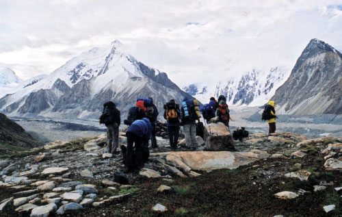 穿越新疆最冷酷的仙境—夏特古道