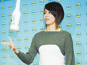 梁咏琪上节目透露已35岁 不与圈内人交往(图)