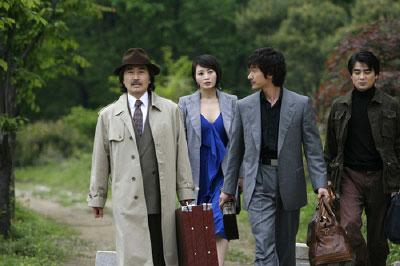 韩国电影《老千》剧照19