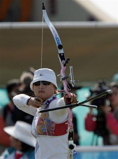 图文:射箭女团赛 韩国队夺金中国队再次失利