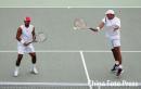 图文:网球男双决赛 印度组合佩斯/布帕蒂夺冠