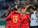 图文:中国女曲卫冕亚运冠军 胜利与失败