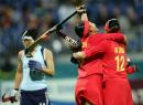 图文:中国女曲卫冕亚运冠军 中国队欢庆胜利