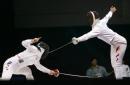 图文:中国获女子重剑团体冠军 上下开工