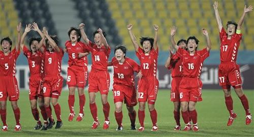 女足综述:点球大战朝鲜卫冕 季军之战中国克韩