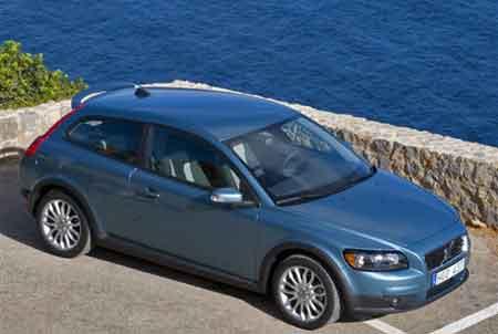 外形极具现代美感!海外试驾Volvo C30