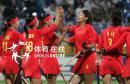 图文:中国女曲胜日本卫冕亚运冠军 庆祝得分