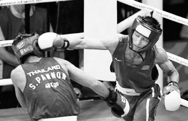 减肥未减斗志 邹市明16年后为中国拳击再夺金