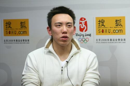 图文:陈祚做客搜狐谈夺金 陈阼指点江山