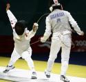 图文:亚运会女子花剑团体半决赛 中国淘汰日本