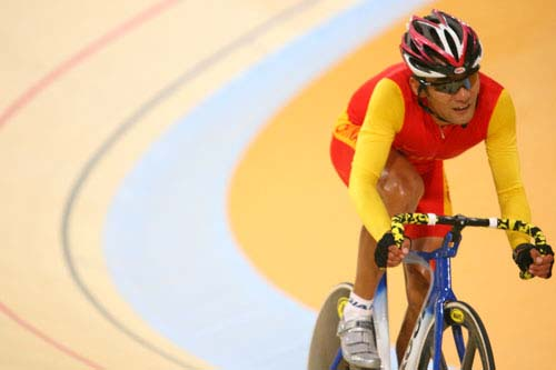 图文:美图大赏之九 自行车男子凯林赛第一组
