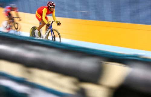 图文:美图大赏之十八 自行车男子凯林赛第一组