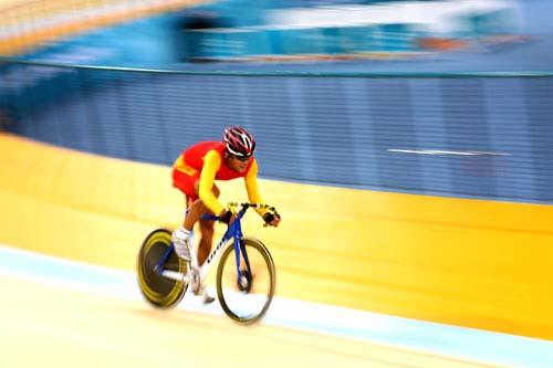 图文:美图大赏之十九 自行车男子凯林赛第一组
