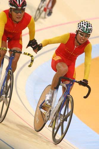 图文:美图大赏之二十三 自行车男子凯林第一组
