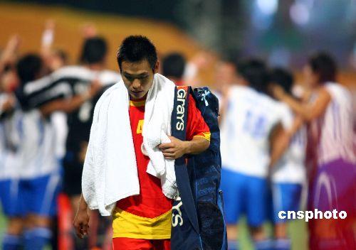 图文:男曲决赛中国1-3韩国 中国队员赛后离场