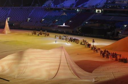 独家图片:多哈亚运闭幕式彩排 开篇-历史的沙漠