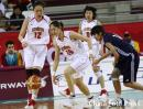 图文:中国女篮战胜中国台北 中国队员积极拼抢