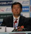 图文:中国代表团举行新闻发布会 崔大林在现场