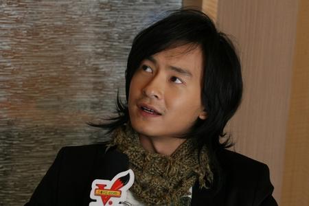访谈:郑元畅拍电影是目标 绝不走林志玲老路