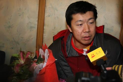王治郅:亚运会夺冠了却心愿 唯一的梦想是2008