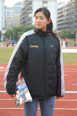 亚运金牌意料之中 美少女薛晨:爱排球更爱美丽