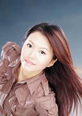 中国女足队员PK06年歌坛超女 韩端很神似谭维维