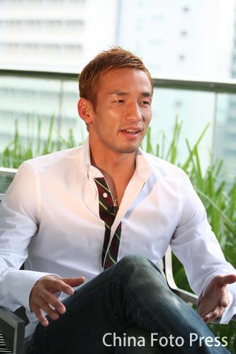 图文:中田英寿抵达吉隆坡 出席亚洲杯抽签仪式