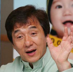 成龙当选日本最受欢迎明星 成亚洲唯一入选者