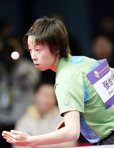 总冠军赛张怡宁轻取李佳薇 中国队提前收获冠军