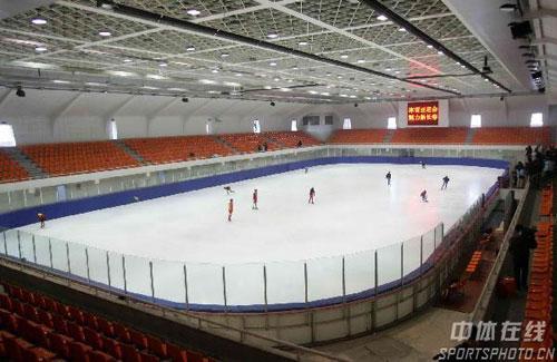 图文:长春亚冬会冰球馆 亚冬会冰球场地