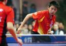 图文:中国女队击败世界联队 郭跃比赛中发球