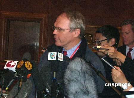希尔强调六方会谈存在意义 称将制定对朝新措施