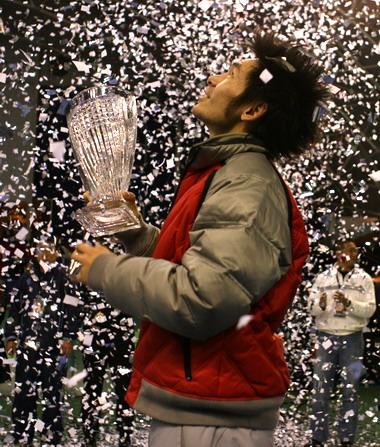 业余网球大师杯总决赛:中国台北选手单打称王