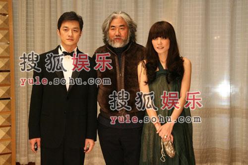 图:李亚鹏夫妇与张纪中