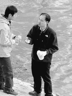 人民日报点评年度环保人物 环保班长周生贤入选