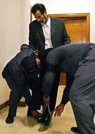 巴格达响起庆祝枪声 总理派员观看行刑