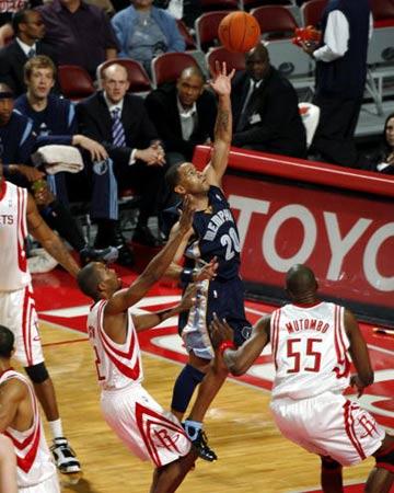 NBA图:常规赛火箭VS灰熊 斯塔德迈尔上篮