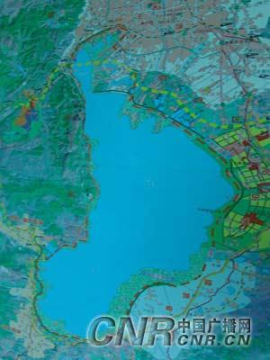 滇池水域143条燃油机动船全部归港(组图)