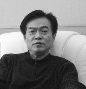 江苏农民工太平洋门前讨薪 严介和深陷债务风波