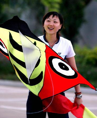图文:周蜜资料图片 备战世锦赛放风筝调整心态