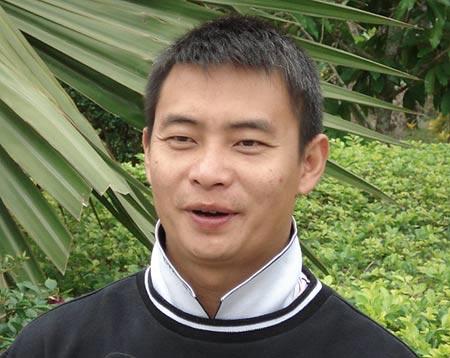 李小双坦陈已递交赴港申请 称不可能成港队主帅