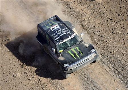 图文:达喀尔拉力赛走进非洲赛段 挑战无极限
