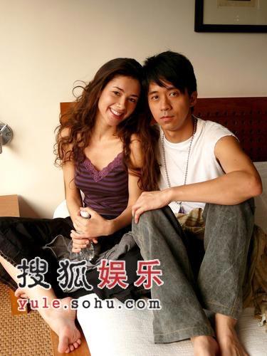兰桂坊成人情色小说_电视tv 港台电视新闻     [提要] 近日,光良在香港的兰桂坊及石板街拍