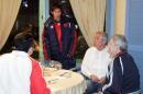 图文:国奥0-0加西 朱挺欢迎杜伊