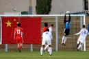 图文:国奥0-0加西 杨程在比赛中