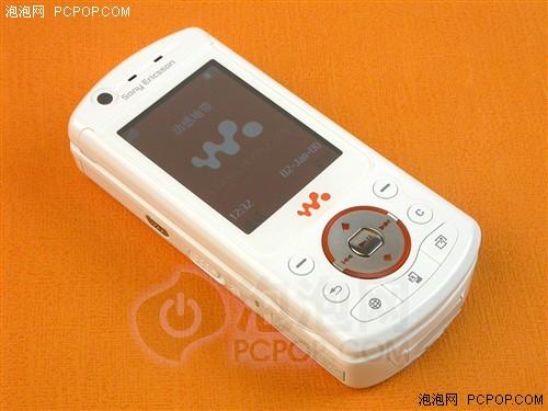 """音乐时尚旋风!索爱""""W900""""售3650元"""