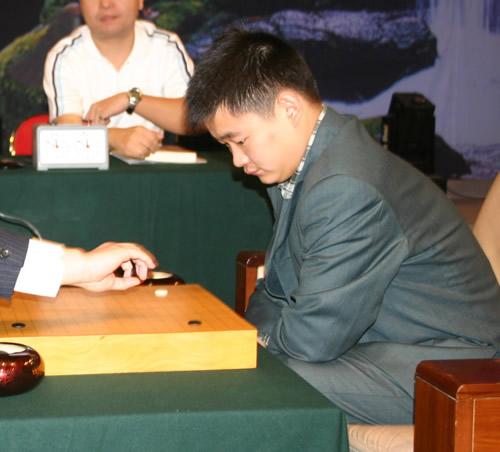邱峻周睿羊杭州对决 NEC杯围棋赛将产生新冠军